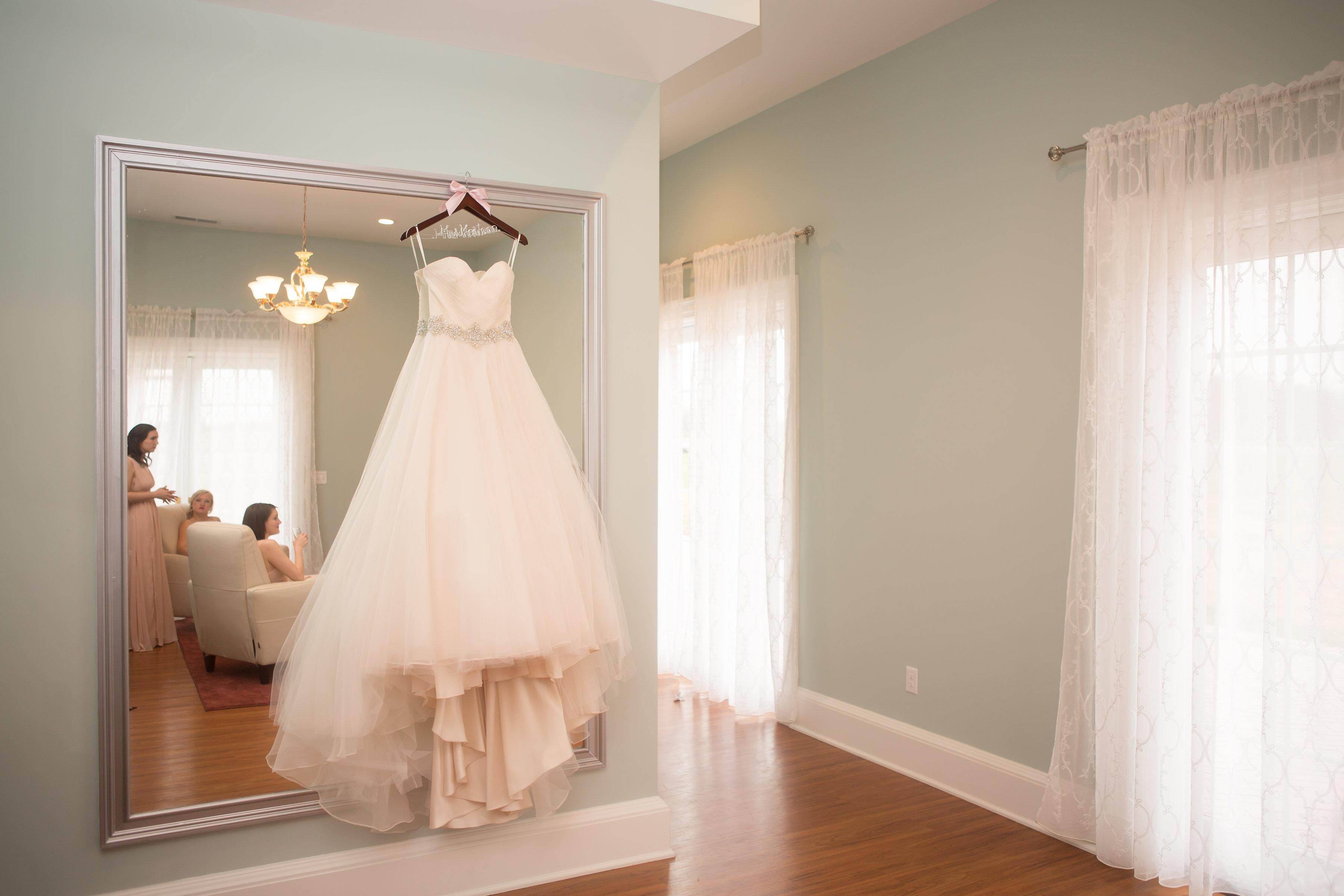 Bride & Groom Dressing Rooms - Harrisonburg Wedding Venue